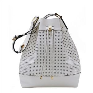 Vince Camuto white bucket bag 💼